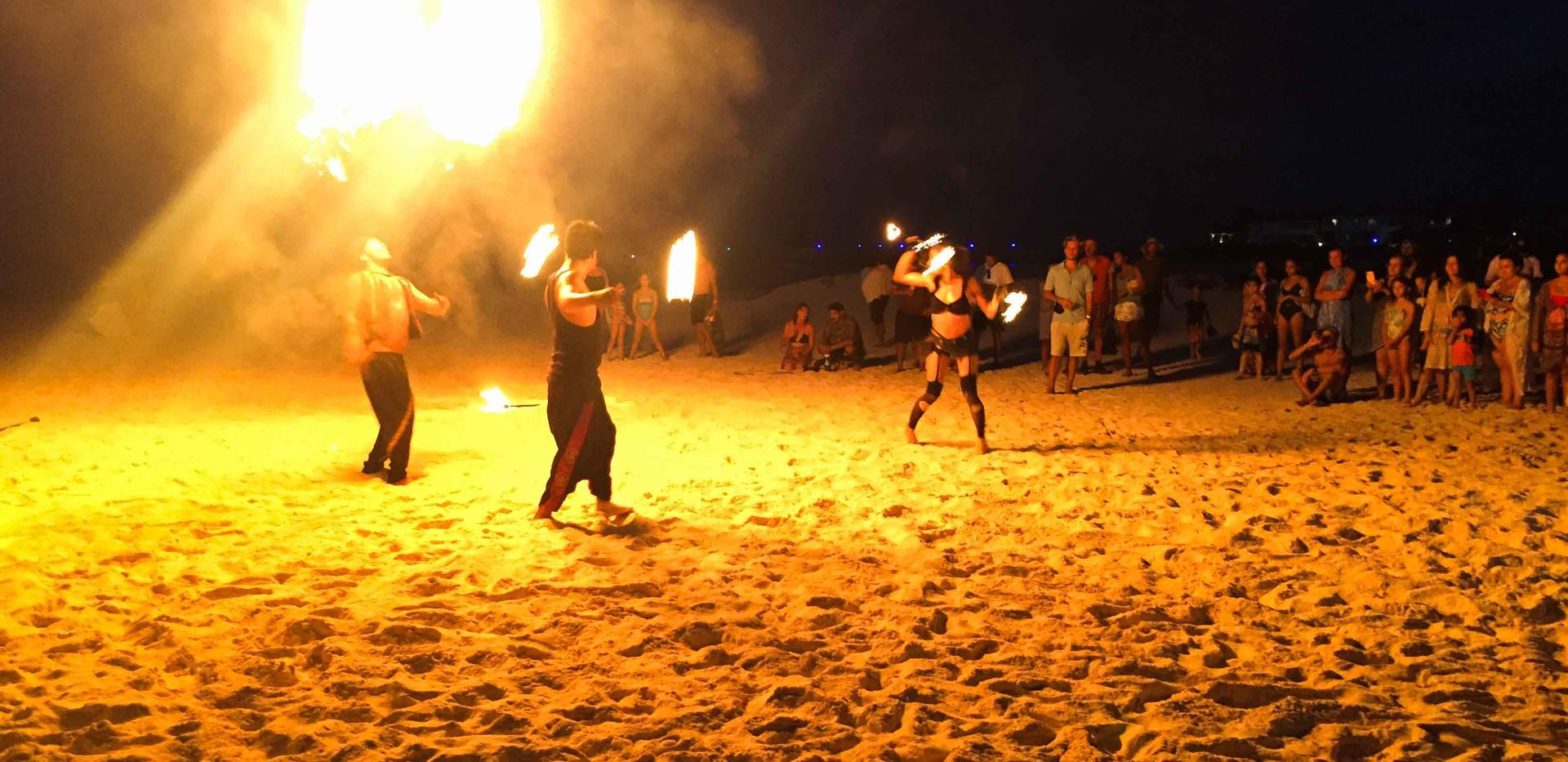 Fireshow-tasteofisla-isla-mujeres-mexico