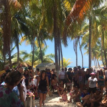 isla mujeres community