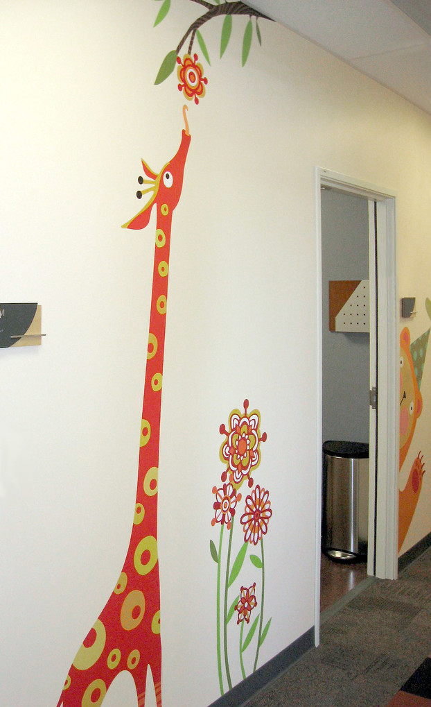Giraffee_MidtownGraphics.jpg