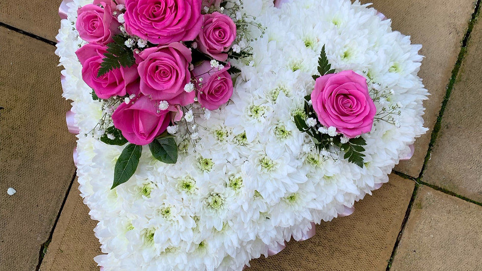 Fuchsia Pink Heart Wreath