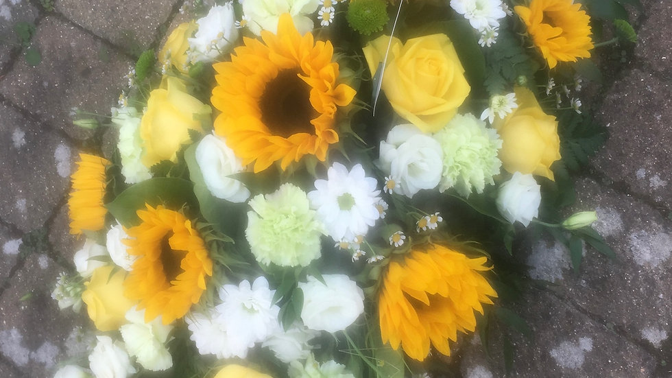 Sunflower Yellow/Green/White - Double Ended Spray