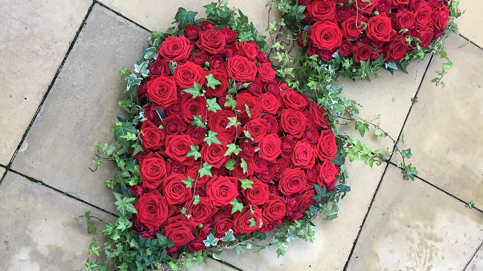 Red Roses Heart Wreath