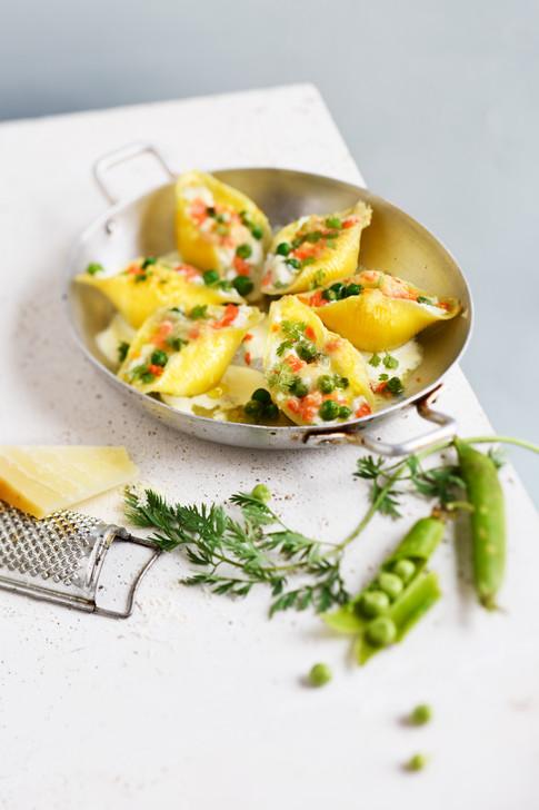 Végétarien - conchiglie a la-ricotta carotte petits pois et parmesan