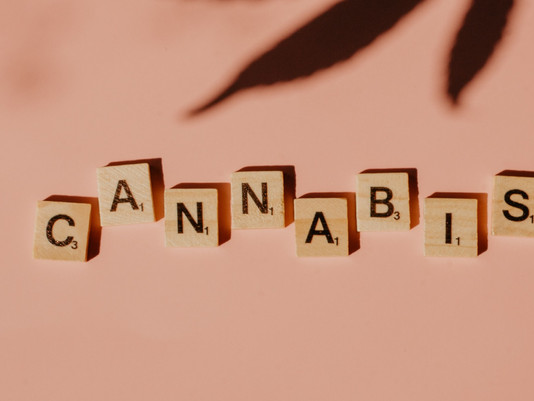 Luxury Cannabis Branding Tips: 4 Ways to Successfully Launch