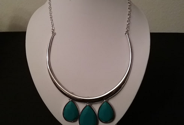 Turquoise Choker with Clip On Earrings