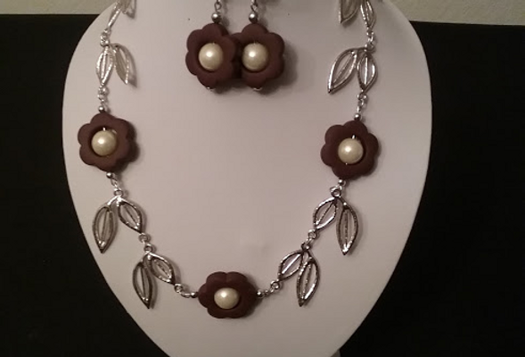 Leaf Necklace with Matching Earrings