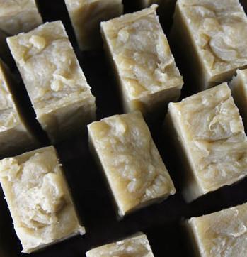Rhassoul Herbal Solid Shampoo Bar - with Raw Apple Cider Vinegar