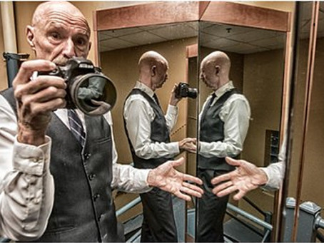 In the Camera of a Crimson King —  Shutterbug bassist Tony Levin delivers funky picks, candid clicks
