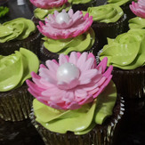 Lotus flower cupcakes