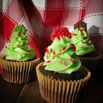 Chocolate Christmas tree cupcakes with c