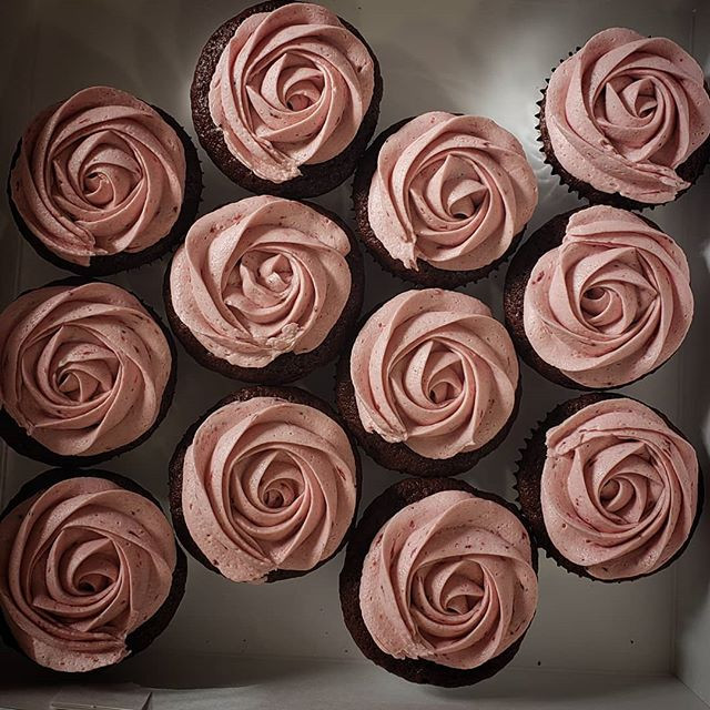 Chocolate cupcakes with strawberry frost