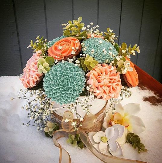Mother's day cupcake flower centerpiece