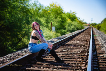 Brooke.Tracks13.jpg