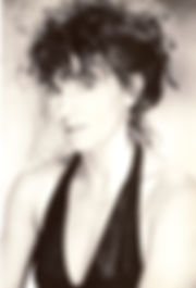 Loz-Ann McCarthy - Headshot