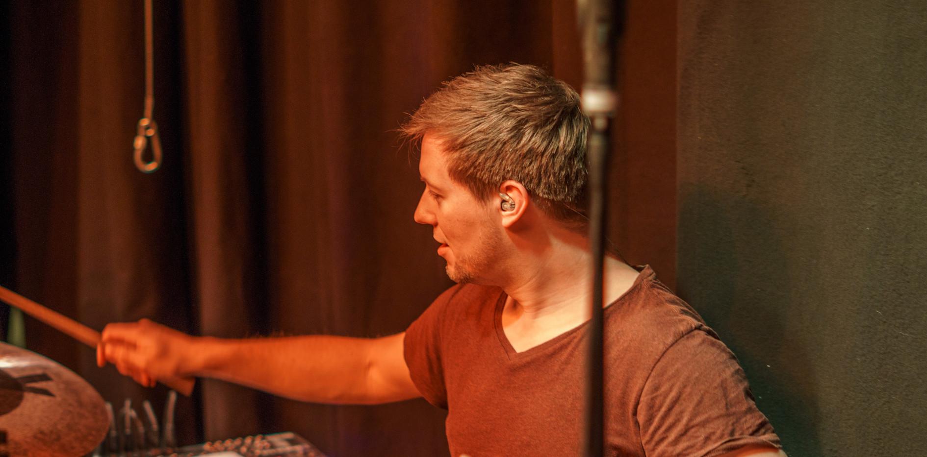 Juicy Joe - Stefan (Drums)