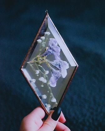 Floral Diamond *Petunia + Baby's Breath*