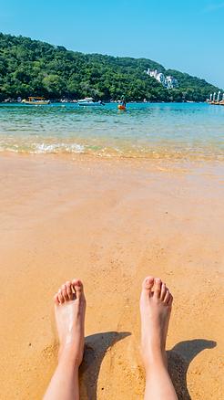 healthy feet beach.png