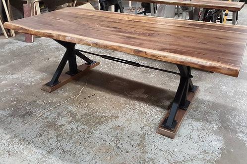 Custom Live Edge Dinning Table