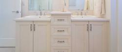 Affordable Bathroom Cabinet Design