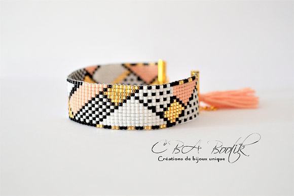 Bracelet tissé pompom corail