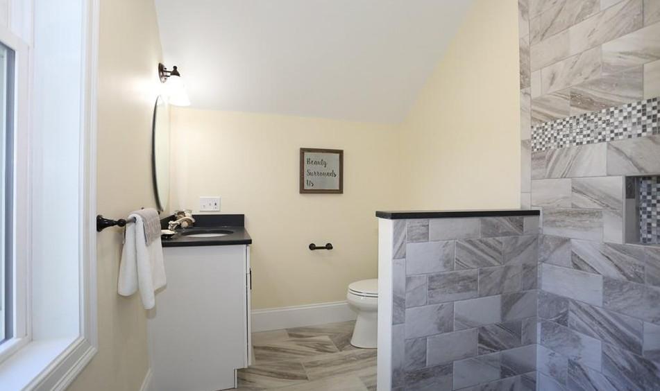 Allene Teen Bath 1.jpg