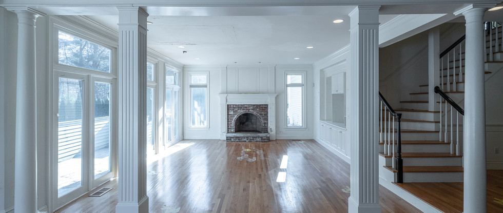 Family Room entrance with Four Pillars - Before