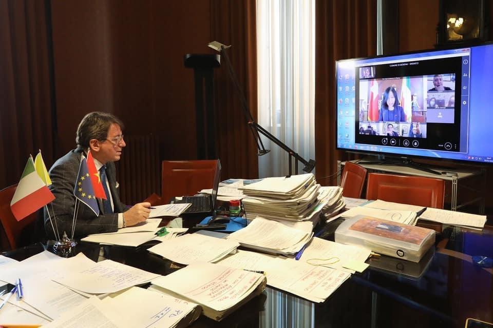 Incontro virtuale tra il Sindaco di Modena Gian Carlo Muzzarelli l'Ambasciatrice del Vietnam in Italia Nguyen Thi Bich Hue.