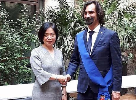 L'Ambasciatrice del Vietnam incontra il Presidente della Provincia di Verona