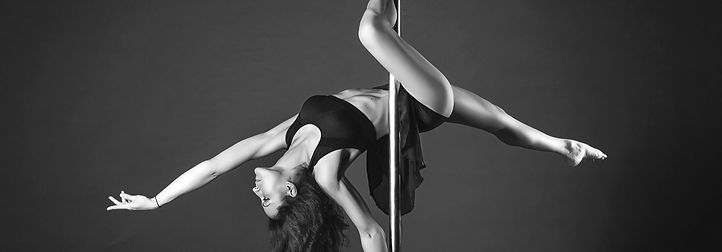 Pole Dance Tantra Studio de Dança
