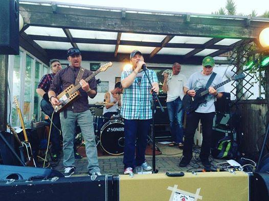 Junkyard Sons Rockin' the Cutlery Box
