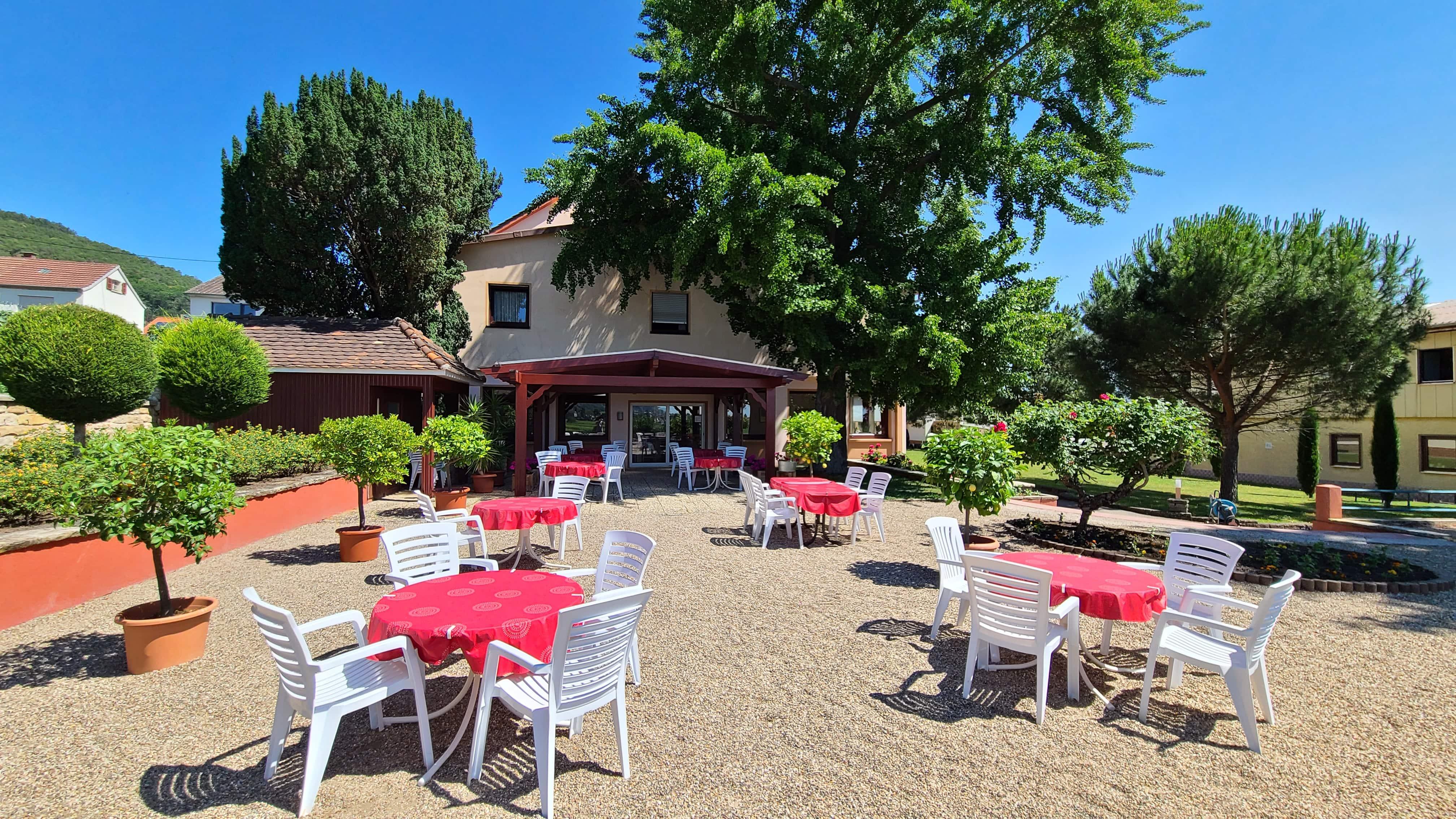 Entspannung und Erholung in unser mediterranen Gartenanlage