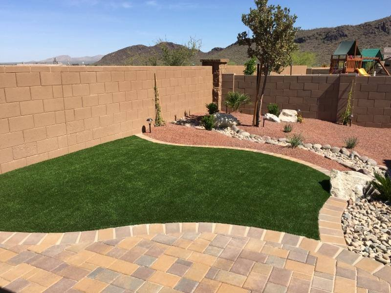 Synthetic Grass with a paved border
