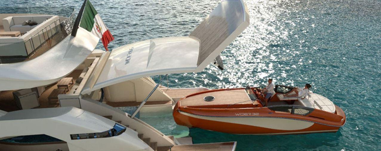 Wider 165 with speedboat