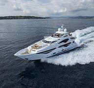 Sunseeker-131-Yacht-2019-5.jpg