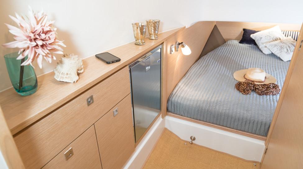 Fjord_38_xpress_interior_003-171206.jpg