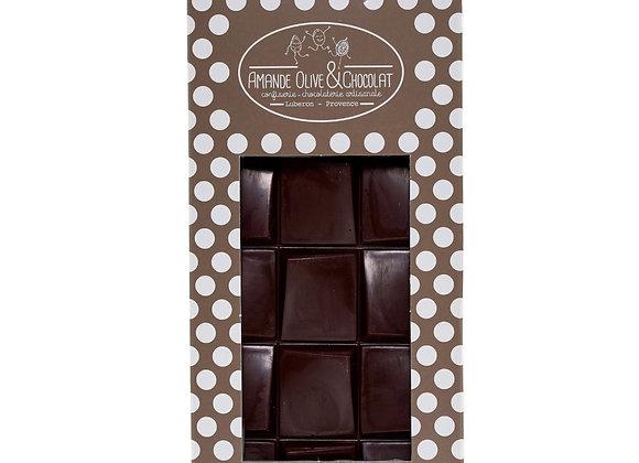 Tablette chocolat noir. Pure origine Madagascar