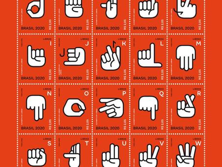Lançamento | Alfabeto em LIBRAS