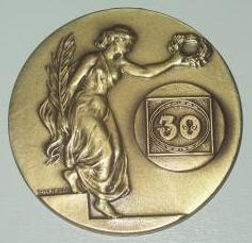 Medalha_90anos_expo_frente.jpg