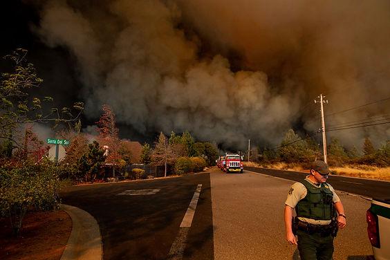 APTOPIX-California-Wildfire_31.jpg