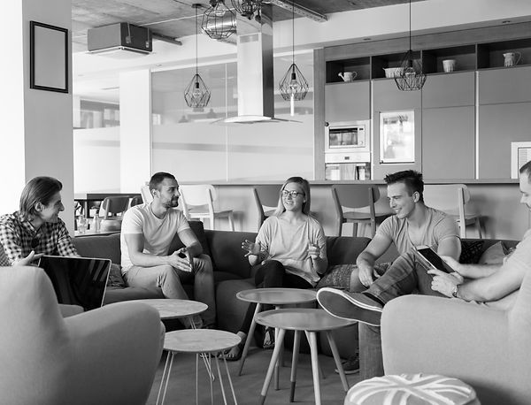 team-meeting-and-brainstorming-P74QEGR.j