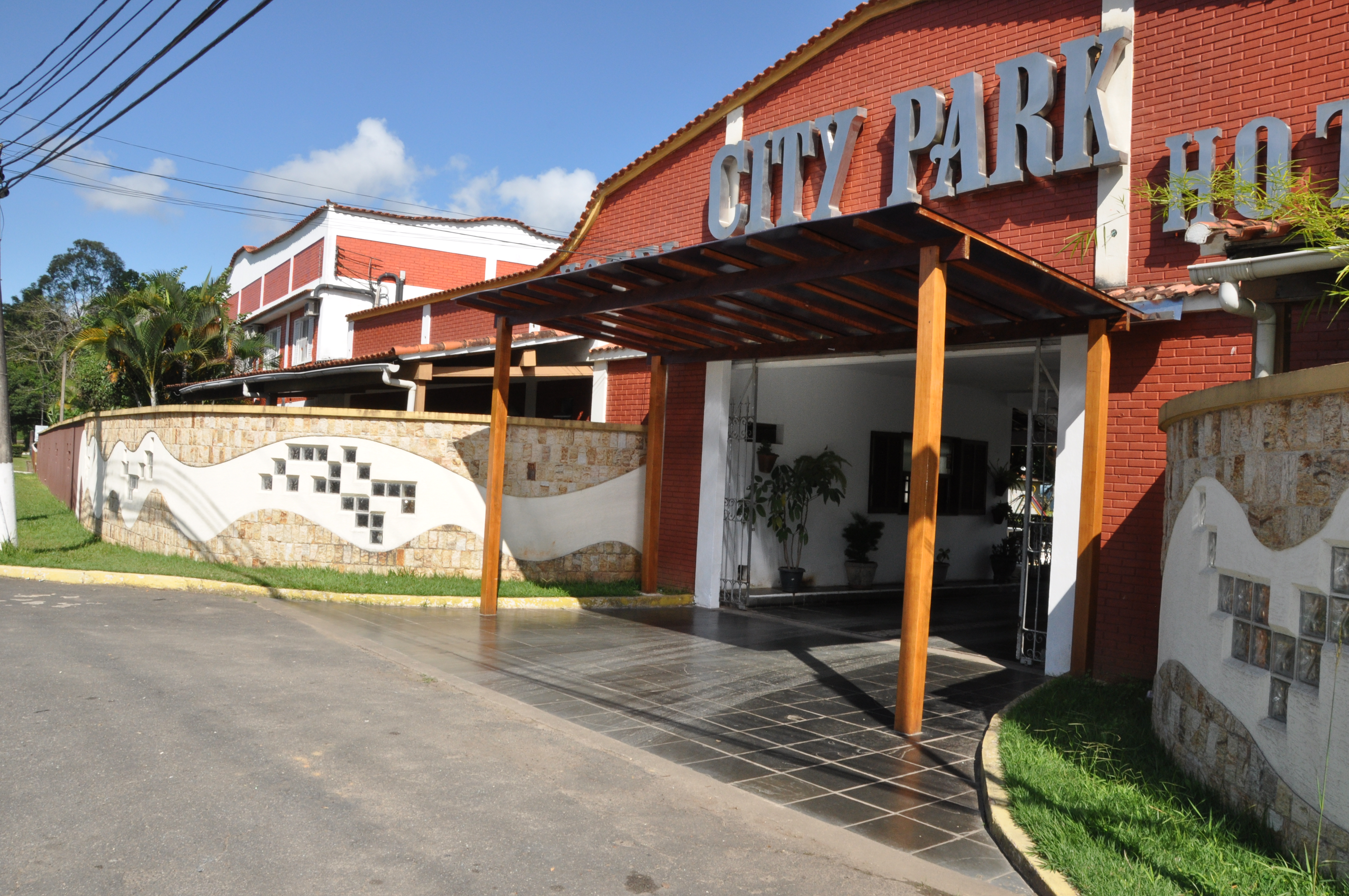 City park hotel em penedo for Appart hotel park and suites