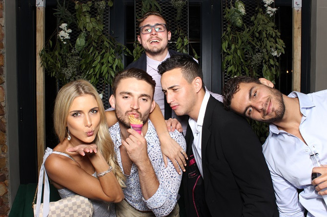 3 Benefits of Having a Photobooth at Your New Years Eve Event