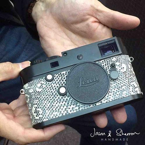Lizard: Leica Camera Skin