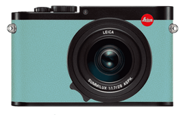 leica-q-black-6017-epsom-pastel-blue_opt
