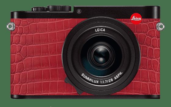black-leica-q-alligator-red_optimized.pn