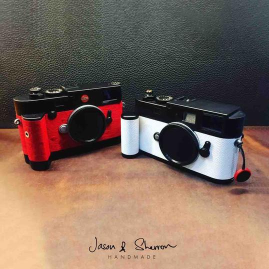Leica M10 in Ostrich Red (L) Leica M9 in