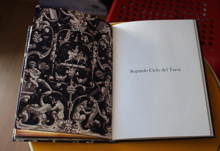 Todo dice tu nombre. Libro del Tarot.
