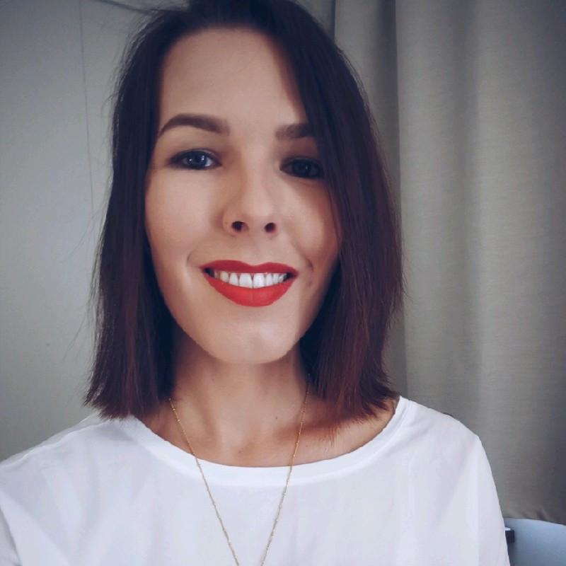 Eva Zsuzsanna Szentesi