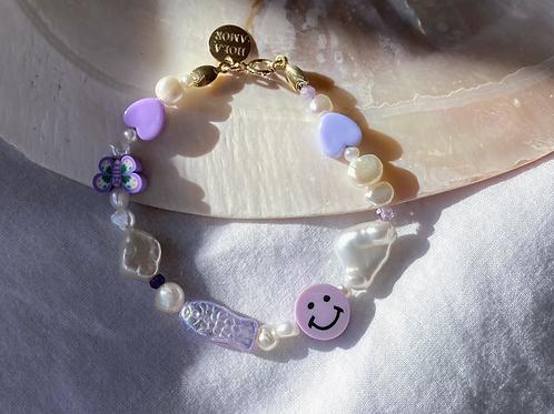 smiley dolphindelfinyin yang90iesschmuckjewelry dolphin pastel gold schmuck hoops