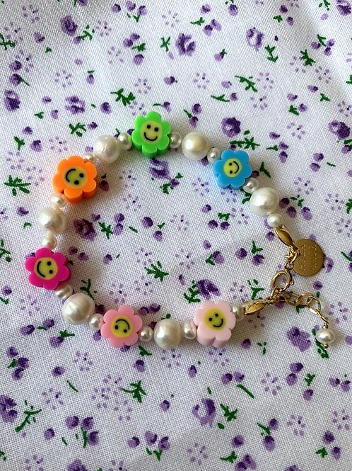 Rainbow Daisy Bracelet